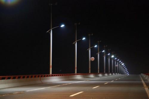 In cina arrivano i lampioni fotovoltaici ed eolici