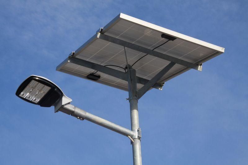 Il lampione fotovoltaico autosufficiente viene da bisol group