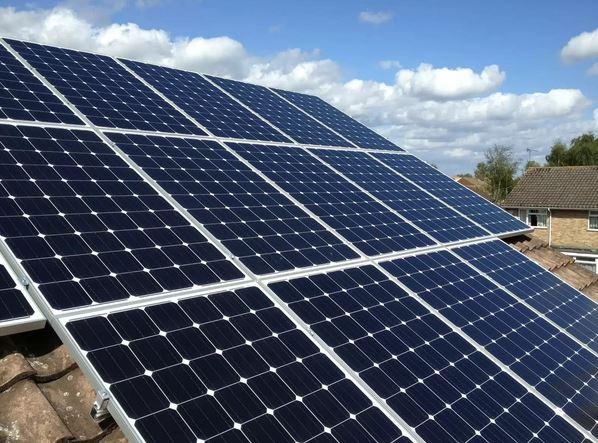 Pannelli solari ad altissima efficienza in arrivo dal mit for Pannelli solari solar