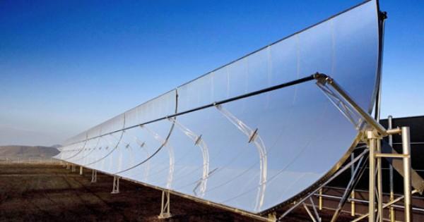 Pannello Solare A Concentrazione Definizione : Come funzionano gli impianti solari termodinamici o a