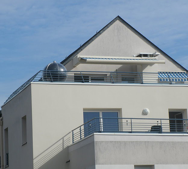 Quanto Costa Pannello Solare Per Camper : Cosa sono i pannelli solari termici sferici