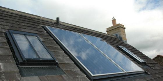 Differenze vantaggi e svantaggi tra i pannelli termici e for Pannelli solari immagini
