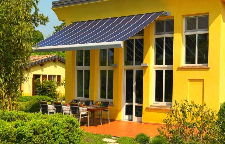 Pannello Solare Da Balcone : Cos è la tenda da sole fotovoltaica