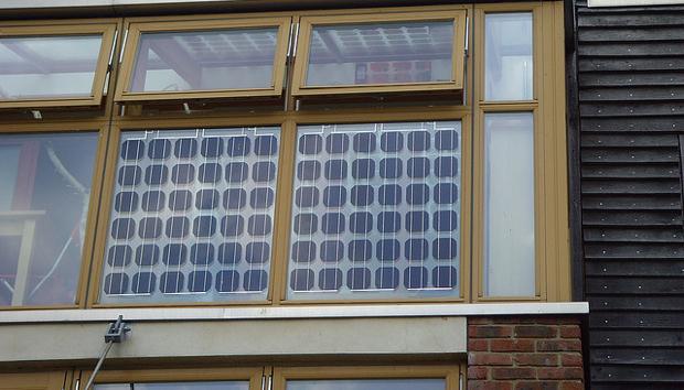 Cosa sono le finestre fotovoltaiche - Vetri fotovoltaici per finestre ...